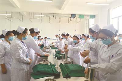 金沙县中等职业学校-护理专业