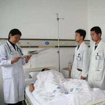 贵阳中医学院时珍学院(中西医临床医学专业)学费是多少